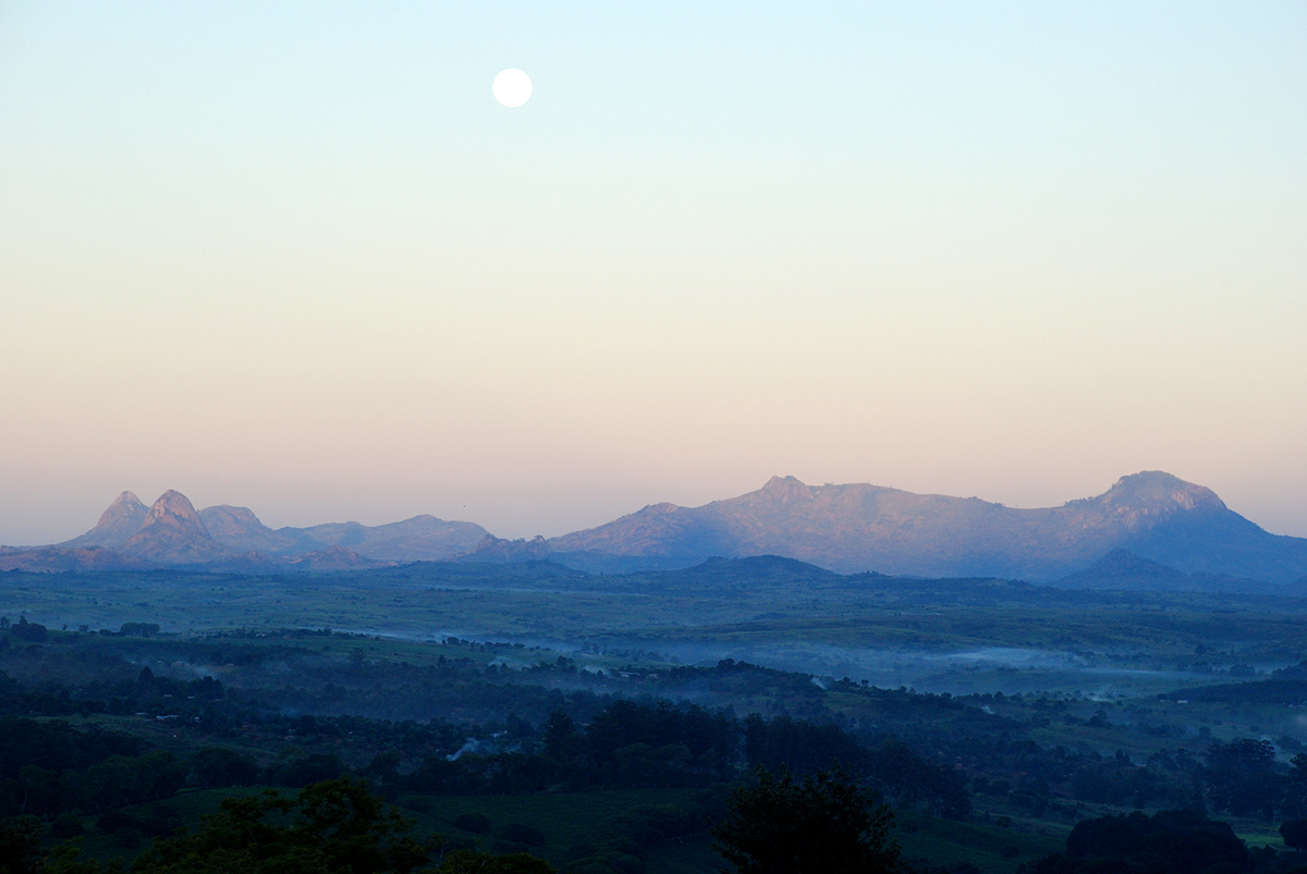 Early dawn over Gurue from the Tea Estates