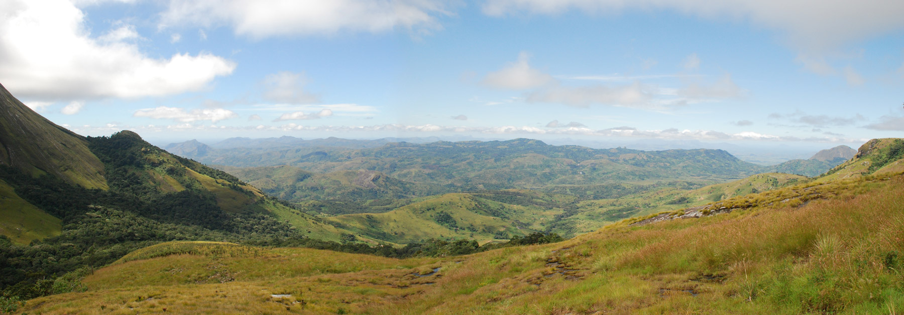 Panorama over Serra de Gurue from the base of Namuli peak.