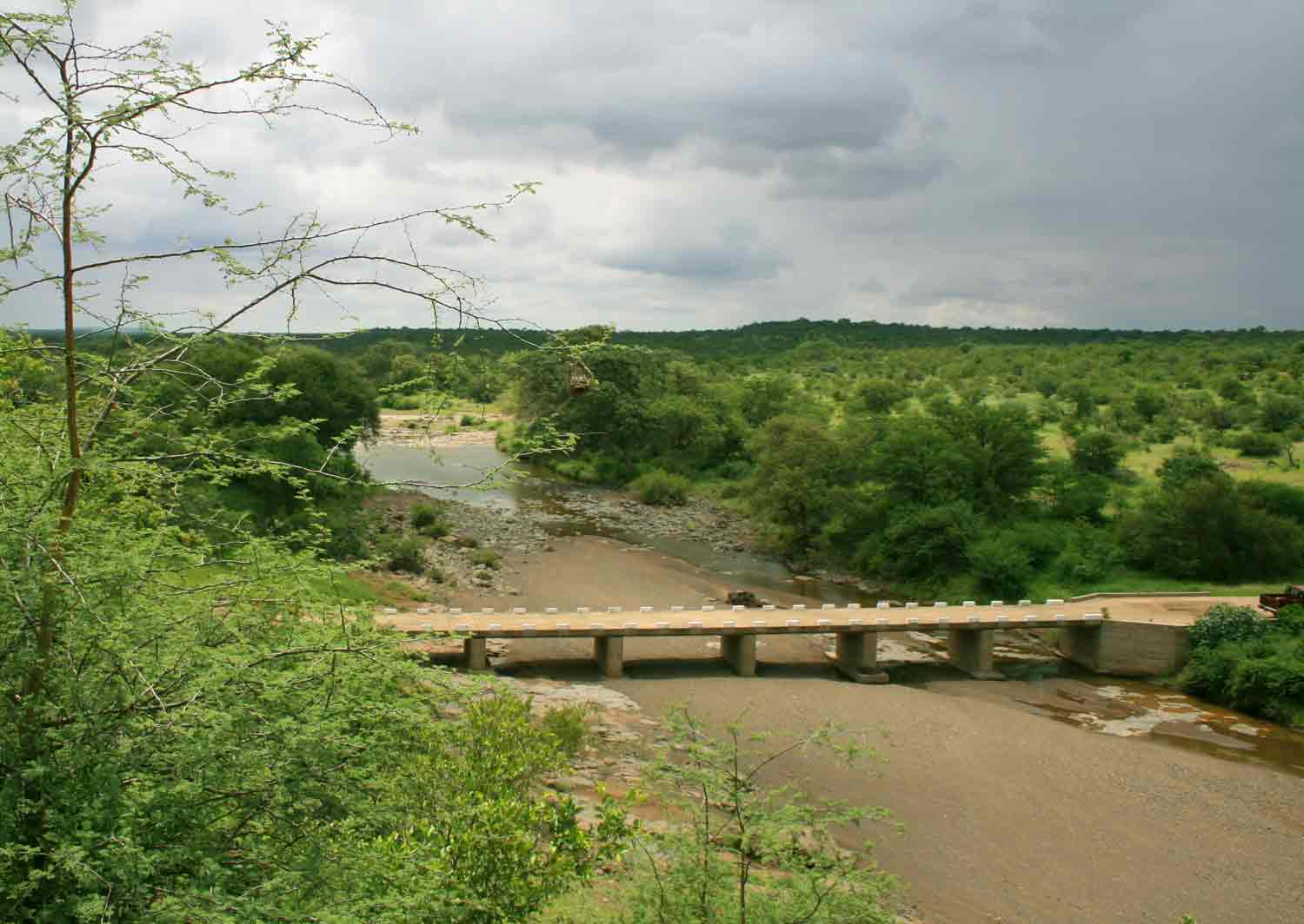 Bridge over the Hwale River, a tributary of the Shashe.